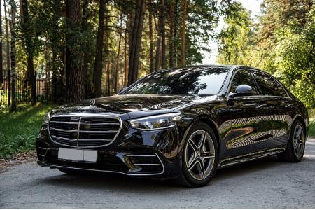 Mercedes-Benz S223
