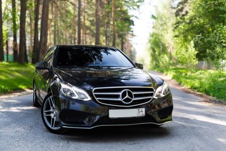 Mercedes-Benz  AMG Е212