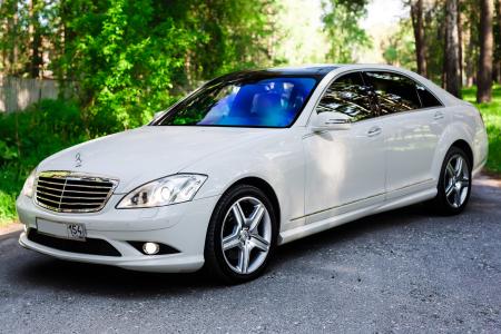 Mercedes-Benz S221 long